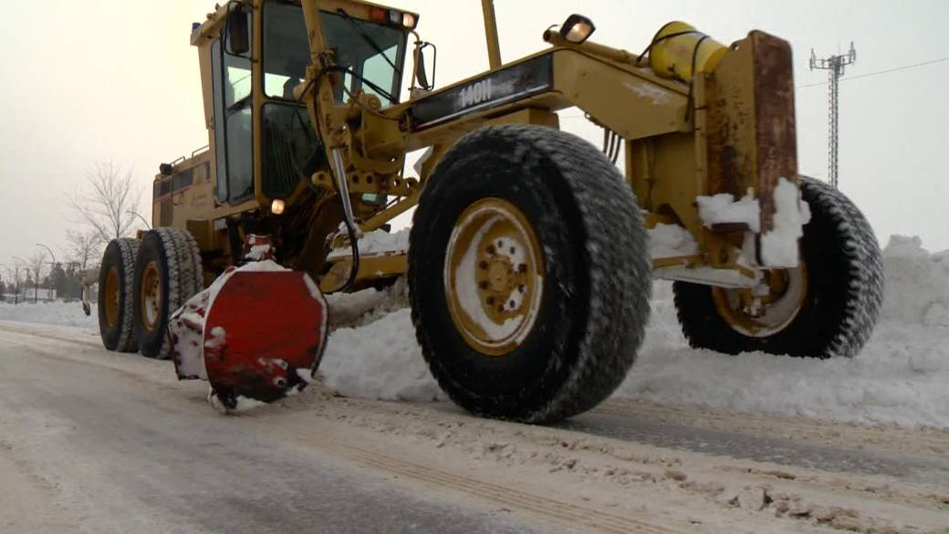 Click to play video 'Saskatoon snow cleanup will cost 'millions of dollars': city manager'