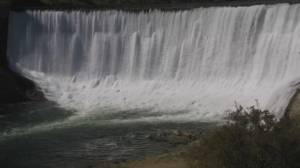 Pressure to remove U.S. dam blocking salmon from B.C.'s Similkameen River (01:58)
