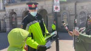 6 charged for anti-lockdown protest in Cobourg, Ont. (00:59)