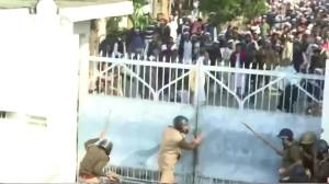 Protests against India citizenship law continues for sixth straight day (01:01)