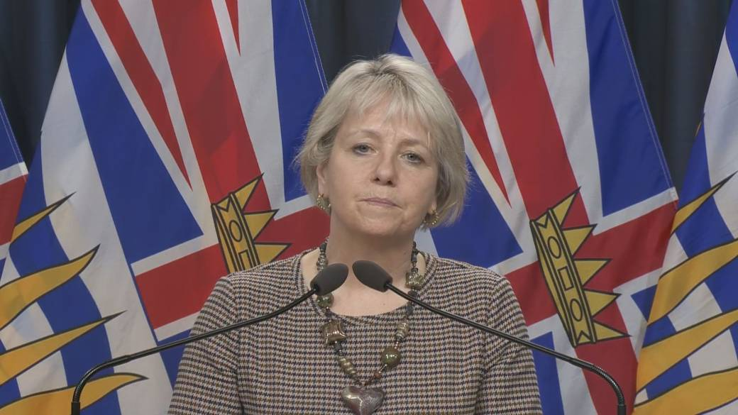 Click to play the video: 'Dr.  Bonnie Henry warns of sports-related COVID-19 clusters for BC youth