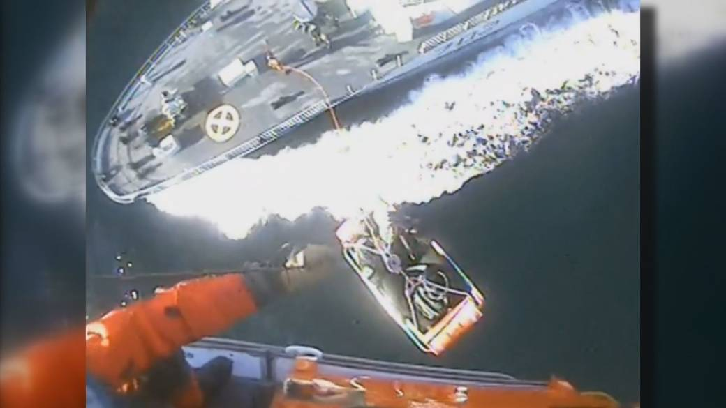 Canadian sailor rescued by U.S. Coast Guard from naval vessel in Puget Sound