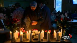 Mourners grieve, honour victims of Iran plane crash at Saskatoon vigil