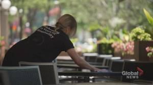 Ontarians race to fill patios, shop in-store as province enters phase 1 of reopening (01:48)