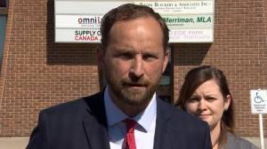 Ryan Meili calls for ouster of Paul Merriman as health minister (02:36)