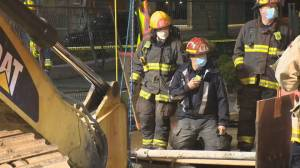 Overnight rescue saves injured Vancouver construction worker (01:12)