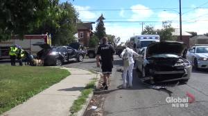No serious injuries following collision at intersection in Peterborough (00:33)