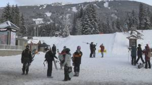 Coronavirus cases climbing in Whistler as tourists continue to arrive for ski season (02:18)