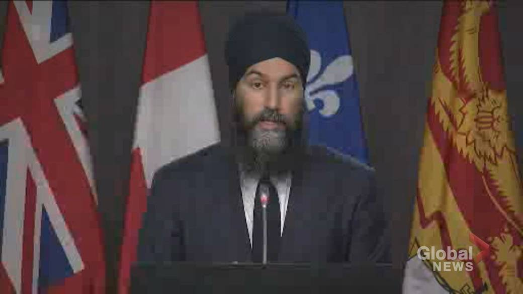 Click to play video 'Coronavirus: Singh calls on Ottawa to address 'deplorable' conditions at Rivera long-term care homes'