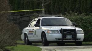 Man shot dead in South Surrey home (01:41)