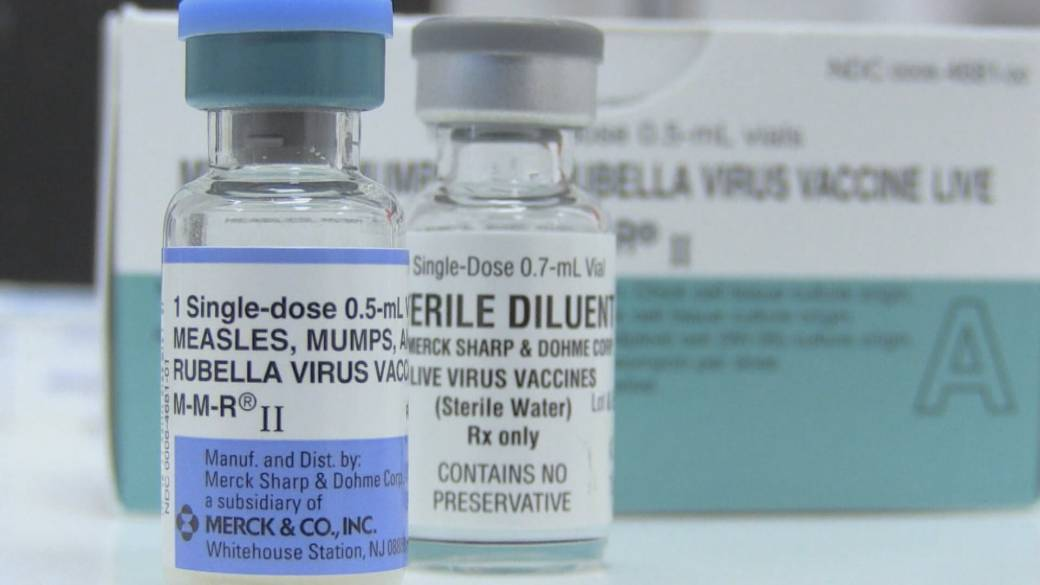 Samoa shuts schools after measles outbreak kills 6