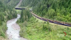 AMA Travel: Luxury train travel on board the Rocky Mountaineer (04:34)