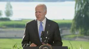 Biden says he 'made it clear' potential death of Navalny would be 'devastating' for Russia (02:54)