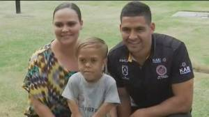 Celebrities support bullied Australian boy with dwarfism
