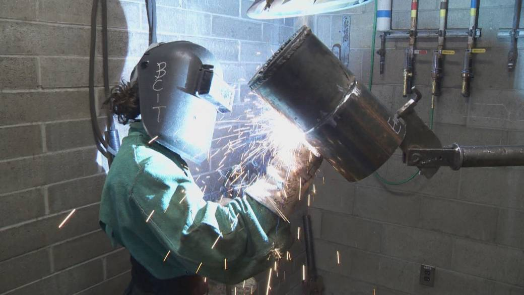 Click to play video: 'The Future of Work: Women in trades'