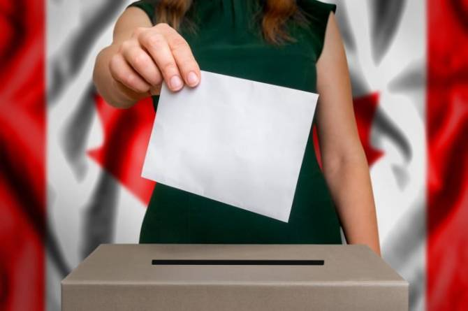 Click to play video: What's driving Edmonton voters to the polls?