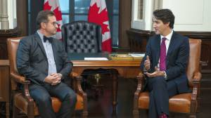 Trudeau looks for support in meeting with BQ's Blanchet