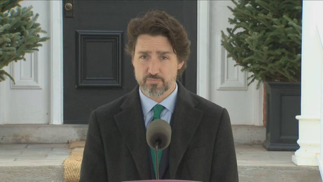 Click to play video 'Coronavirus outbreak: Trudeau offers 'bridge loans' to large companies struggling during COVID-19 downturn'
