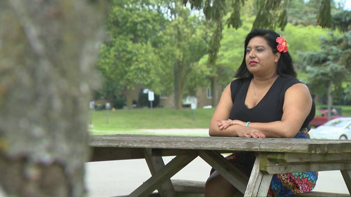 Click to play video: 'Love and relationship coach motivated to help survivors of domestic abuse'