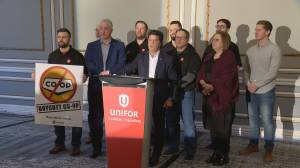 Unifor willing to negotiate pension, Co-op Refinery says blockade must go first