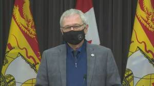 Coronavirus: New Brunswick moves Edmundston to red alert phase (01:59)