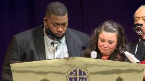 'He lit up the room': Family of Daunte Wright share emotional memories during funeral (04:17)