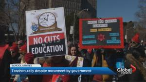 Teachers hold large protest at Queen's Park