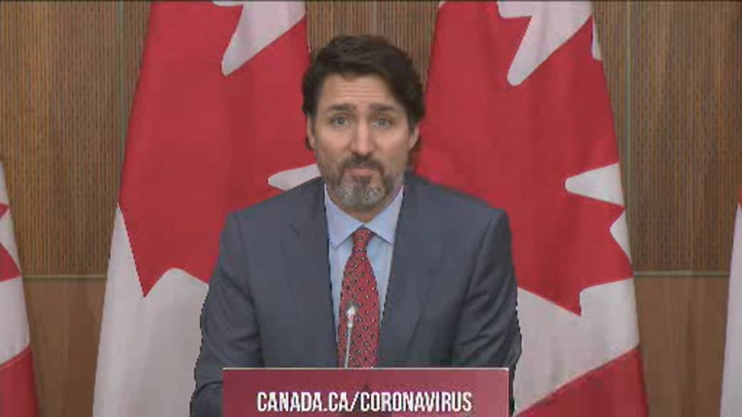 Click to play video 'Coronavirus: Trudeau says what's done now will determine Christmas get-togethers'