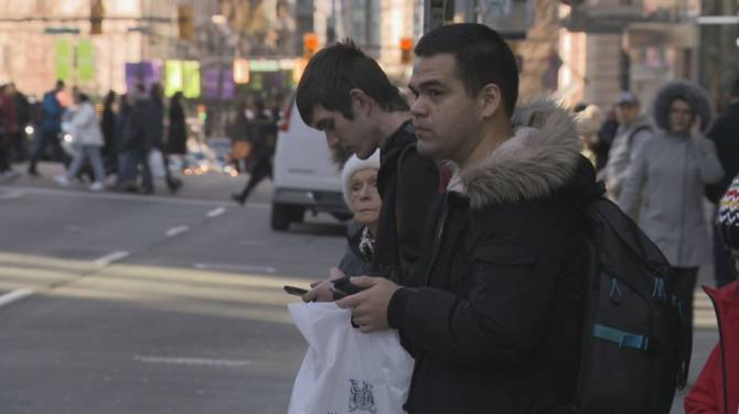Click to play video: Canada's telecom mediator seeing more internet complaints during COVID-19