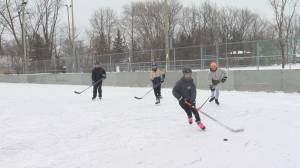 Residents 'get a second chance' as Beaconsfield lifts hockey ban on 2 rinks (02:03)