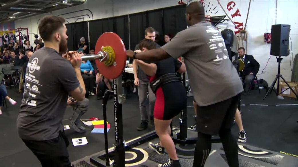 Click to play video: 'Manitoba weightlifter inspired by Canadian Olympian medal winner'