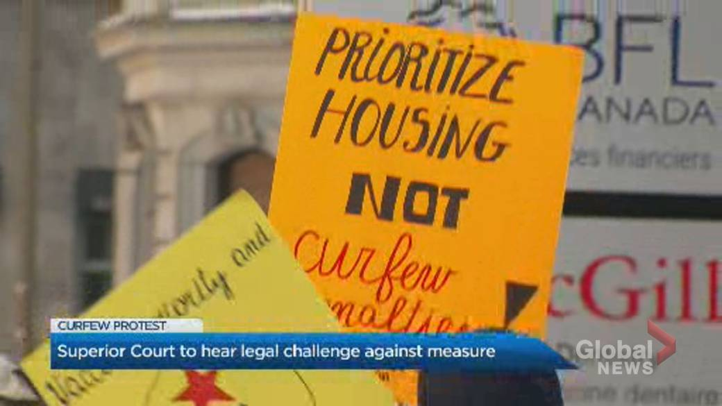 Click to play video 'Coronavirus: Demonstrators call for end to Quebec's curfew as advocates ask Superior Court to exempt homeless'