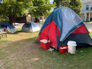 Time's up for homeless camping outside Emmanuel United Church in Peterborough