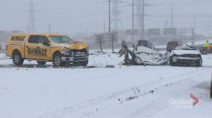 2 women dead after 4-vehicle crash on QEW in Burlington (02:21)