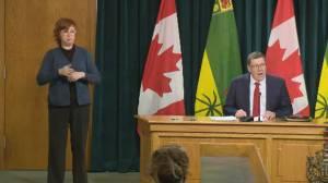 Coronavirus: Saskatchewan changes guidance on Pfizer's vaccines administering location (00:32)