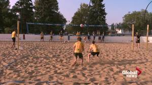 U of A Golden Bears volleyball on season spent on the sidelines (01:55)