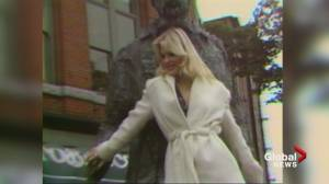 Playboy playmate Dorothy Stratten returns to Vancouver (03:18)