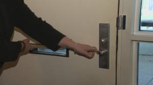 Yaletown woman confronted by man with knife in her own home