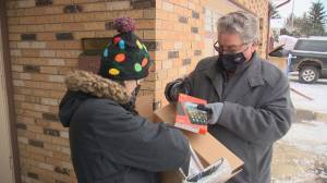 Regina woman collecting laptops, tablets for kids who need them for online learning (01:49)