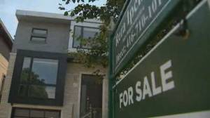 Canada's hot housing market burns first-time buyers (02:04)