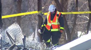 Deadly explosion, fire at Winnipeg homeless camp (01:12)