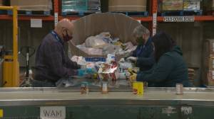 Vancouver food bank unhappy with quality of supermarket hampers (01:49)