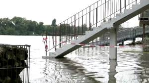 Western Europe hit by heavy rains and flooding (01:50)