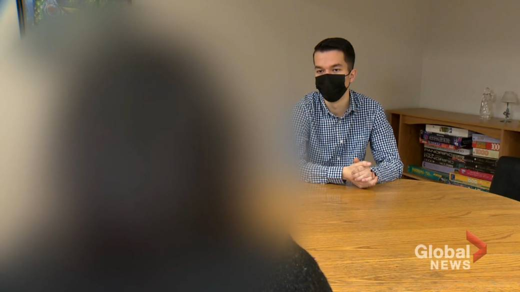 Click to play video 'New Brunswick teacher speaks out over lack of communication over possible COVID-19 exposure'