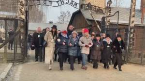 Holocaust survivors mark 75th anniversary of Auschwitz liberation