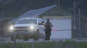 Child and male suspect injured in high-speed chase in Merritt (00:47)