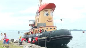 Theodore Too visits Kingston, Ont. before heading to new home (01:43)
