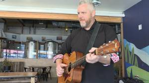 Okanagan musician connects with thousands online