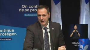 Coronavirus: Quebec to provide all public schools' students with tablets by next week (00:40)