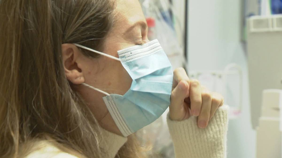 Click to play video 'Coronavirus: Inside Canada's first post-COVID clinic'
